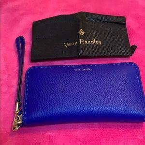 Vera Bradley RFID Leather Accordion Wristlet NWT